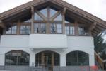 Geschäftshaus aus Altholz-Kaprun